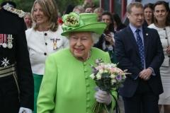 Queen-Elizabeth-II-at-Runcorn-Station-083